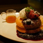 ミクロコスモス - 料理写真:パンケーキ(ブルーベリー メイプルバター&クリーム)