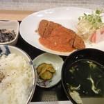 ダマヤ - 日替わり定食(チキンカツ)700円(14.03)