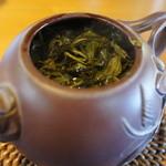 庵ころもち - お茶にはお湯を足して何杯かおかわり可能です。