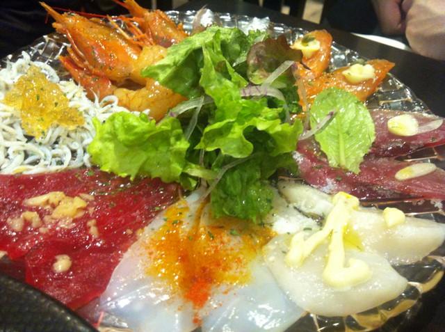 魚とワインhanatare - 魚魂カルパッチョ(¥790)