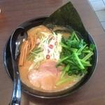 らぁ麺 はせ川 - ラーメン650円ほうれん草100円