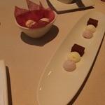 ロワゾー・パー・マツナガ - 小菓子です。
