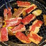 あみやき亭 堀越店 - カルビタレ、ランチ210円