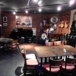 ジャズカフェ ベイシー - ライブスペース
