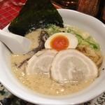 とんこつ小川 - 鶏とんこつ醤油(700円)