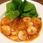 龍苑 - 料理写真:こんなにプリップリした海老を使ったエビチリは食べた事が無い。海老のチリソース。