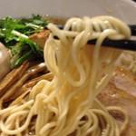 素和可 - 細麺、コシが強く小麦の香りを感じる