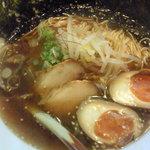 美酒唐露 竹 - 日替わりラーメン(半熟煮卵)