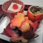 Shouwanomorikurumaya - 前菜(アーモンド豆腐・紅葉見立友垂れ・酢味噌和え・赤芽・むかご糝薯・小菊海老・煮凝り・南瓜カステラ)