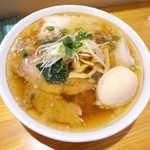 まるやす麺店 - 肉中華・煮玉子入り(¥980)