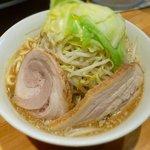 麺屋 剣 - 剣ラーメン ¥700 ※野菜増