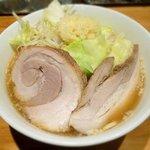 麺屋 剣 - 剣ラーメン ¥700 ※ニンニク増