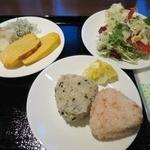 マリモンテス - 朝食バイキング(適当な盛りでスイマセン。。)