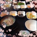 明洞 - 半鶏湯(ハンゲタン)1,280円♡