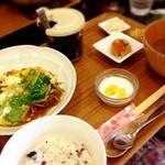 まるうま - 北海道産 わかさぎの卵とじ(ハーフ盛り)