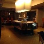 レストラン ストックホルム - まだ、準備中のスモーガスボードテーブル