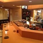 鮨竜 - カウンターこそ寿司屋の真髄!気軽にリーズナブルに旨いものを楽しめる店づくりを心掛けています。