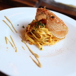 オステリア イル パリアッチョ - 料理写真:北海道産の毛蟹を使ったパスタ トマトソース仕立て☆