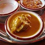 フンザダルバル - チキンカレー