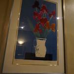 ル カフェ プランタニエ - 色々な絵が売られています・・