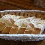 ハートランド - 3人分のパン