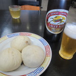 春陽軒 - 豚まんとビール