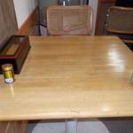 たぬき庵 - たぬき庵 テーブル席