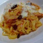 ドルチェ ポンテベッキオ - とろとろ葱とパンチェッタのタリオリーニ チーズフォンデューとドライいちじく添え