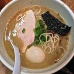 24980502 - 鶏濃厚鶏ニボラーメン(¥730)味玉(¥100)3/15/2014