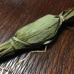 笹川餅屋 - 笹だんご