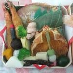 福寿山魚捨 - めで鯛入りお祝い折