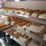 ボワブローニュ - 昔ながらの街のパン屋さん風