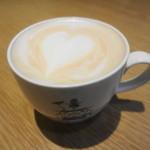 デンマーク・ザ・ロイヤルカフェ - 紅茶のアートです 珍しいわ