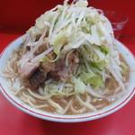 ラーメン二郎 三田本店 - 豚入り大ラーメン750円