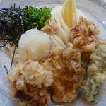 うどん酒房梵 - 丹波若鶏の鶏天ぶっかけうどん(冷) 750円