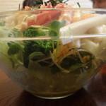 お食事処 石 - カニサラダ(真横から)