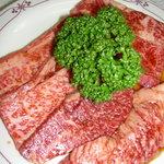 千成 - 料理写真:一番人気のカルビ