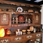 スイスシャレー - スイス人オーナーが家具に手書きでデッサン