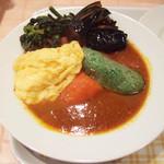 SHIP'S LOG - ベーコン野菜カリー(980円)+ミニオムレツ(100円) ※辛さ普通