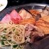 焼き鳥 弥七 - 料理写真:お皿は大きめの銀皿です
