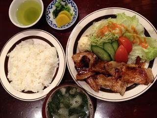 あづま家 - 生姜焼き定食1350円