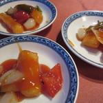 25007882 - 白身魚の甘酢あんかけ(2100円)
