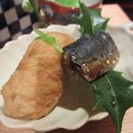 坂ぐち - いなり寿司、鰯の味醂干し