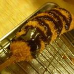 25013742 - チョコレートソースで食べる「バナナ (150円)」(笑)