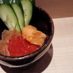 寿司 たつ - いくらウニ丼