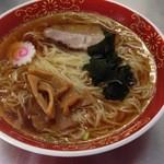 西新井ラーメン - ラーメン(450円)