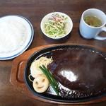 オニオン - ビッグハンバーグ定食1400円(400g)スープ・サラダ・ライス付き