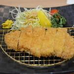 銀しゃり かまど食堂 - 料理写真:ロースかつ