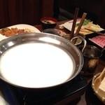 とうふ坊 - 豆乳しゃぶしゃぶ