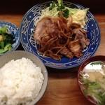 とんかつ 安右衛門 - 生姜焼き定食
